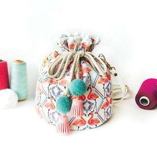 可愛清新森林系毛球紅鶴肩背水桶小包