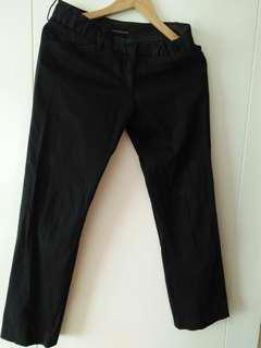 The Executive Pant Size 25 dan 26 Black. Stock 3 buah