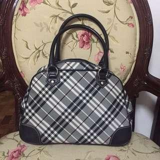 95ee44143247 Authentic Burberry blue label bag
