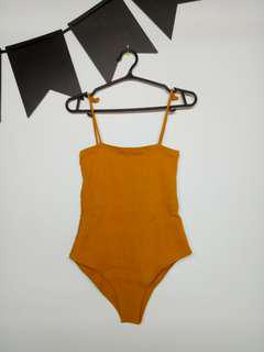 Straightneck Bodysuit in Mustard