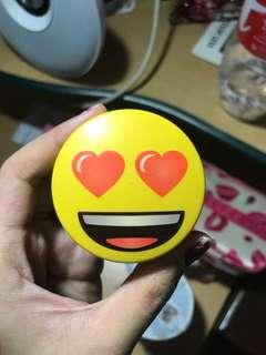 Innisfree no sebum powder emoji