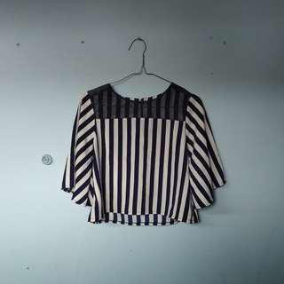 🌸Baju blaster // navy stripe crop top🌸