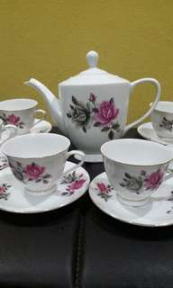 Vintage Tea Set bunga two tones