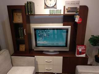 SURREY WALL UNIT WALNUT WHT (U/2)