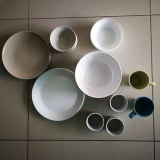 Ikea Used Dinnerware