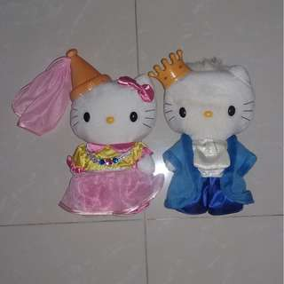 Hello Kitty Couple