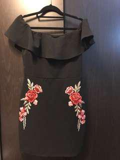 Black Frill Off-Shoulder Flower Embroidery Bodycon Dress