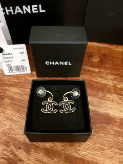 ✅Authentic CHANEL Classic Earrings In Black Gold