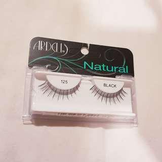 🚚 Ardell 125 Natural Fashion Lashes