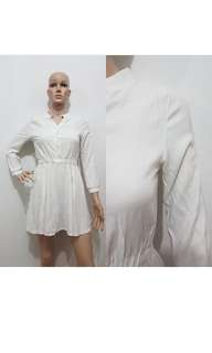 jumpsuit putih kece