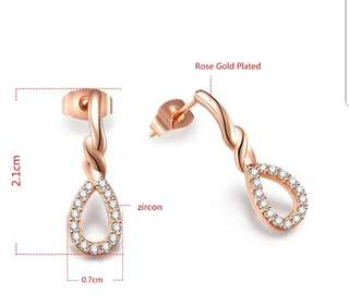 Rose Gold Plated Crystal Earring