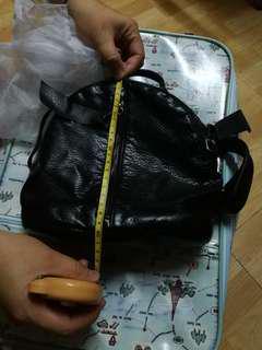 女仕人造皮迷你小背包 mini backbag