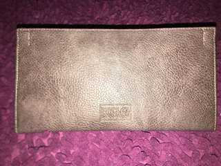 E.G.G Leather Pouch with Card Holder