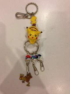 Pokemon collector Keychain
