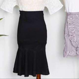 [new] black bodycon mermaid skirt