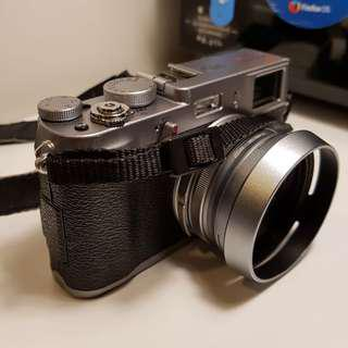 Fujifilm X100S - APSC Sensor, 16MP Mirrorless Camera, Silver Color