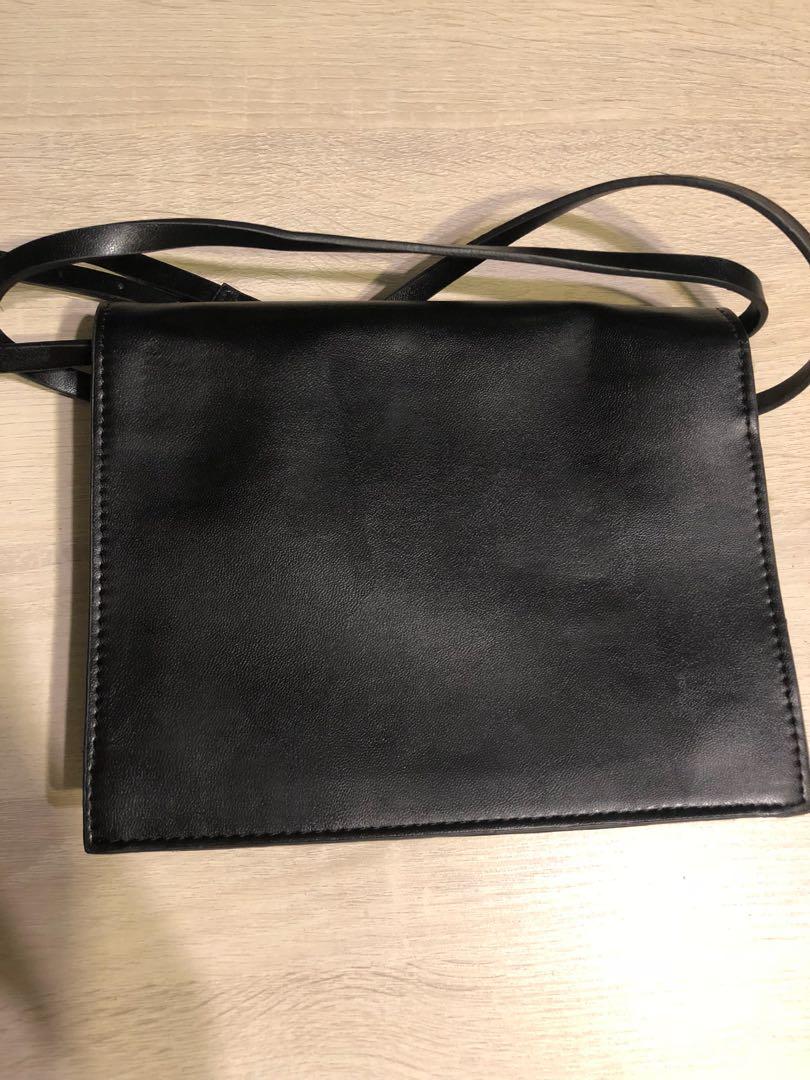 小黑色手袋 be4139af30dde