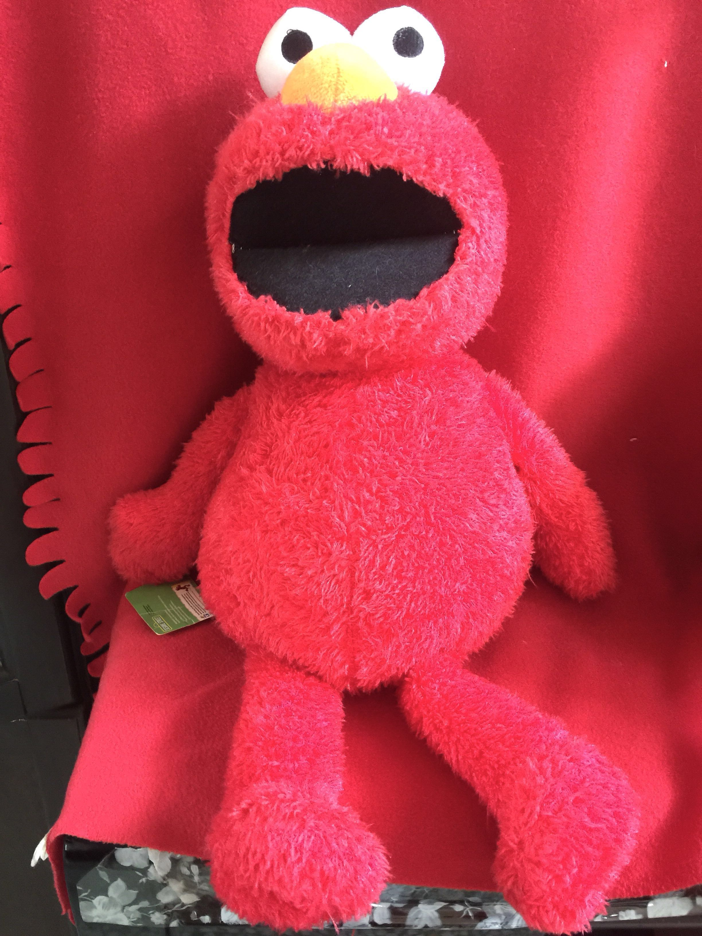 Authentic Sesame Street Huge Elmo With Tag Toys Games Other Toys