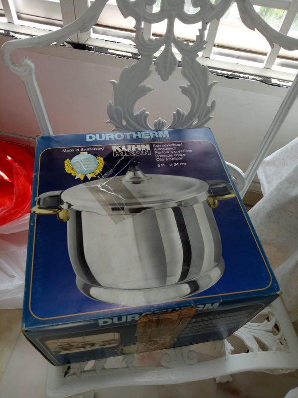Brand new durotherm plus Kuhn Timon 5L pressure cooker from Switzerland