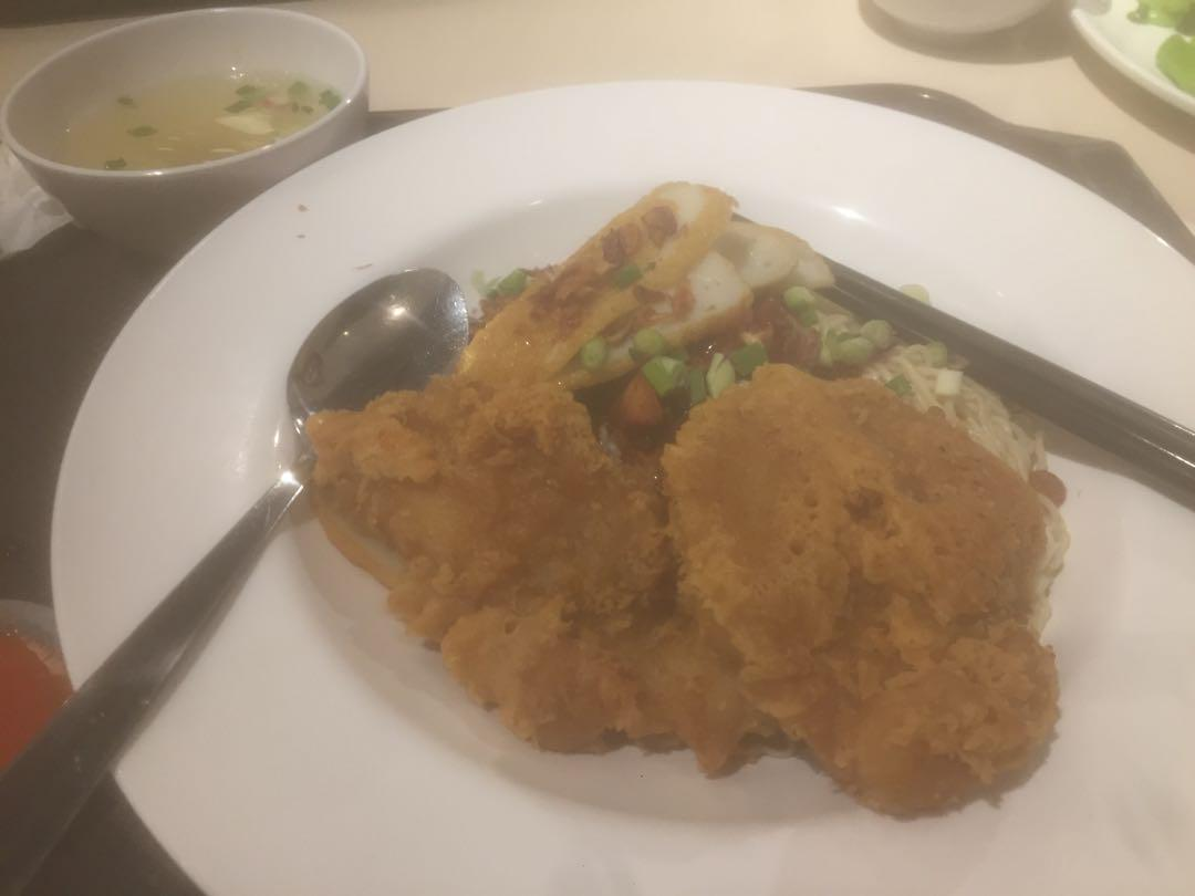 GOLDEN CRISPY FISH AND CHIPS