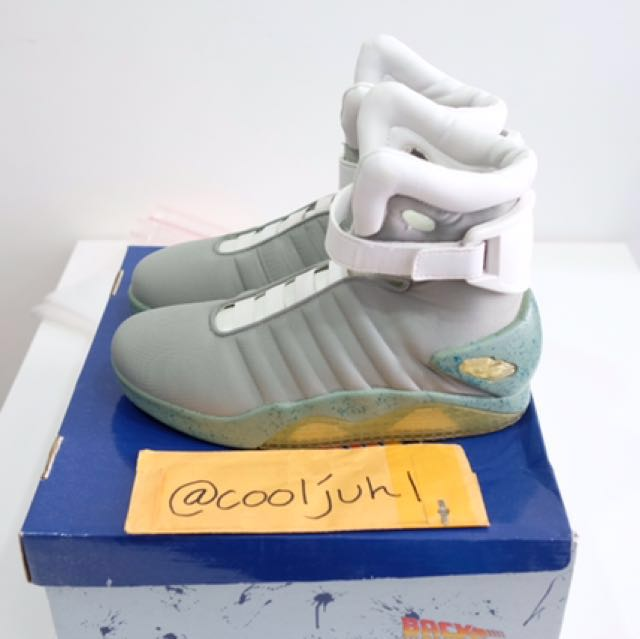 b1f421a19ea Hollywood Costume Back To The Future Air Mags Sz11