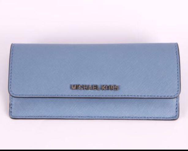 c253627381e8 Michael Kors Jet Set Travel Flat Leather Wallet - Pale Blue