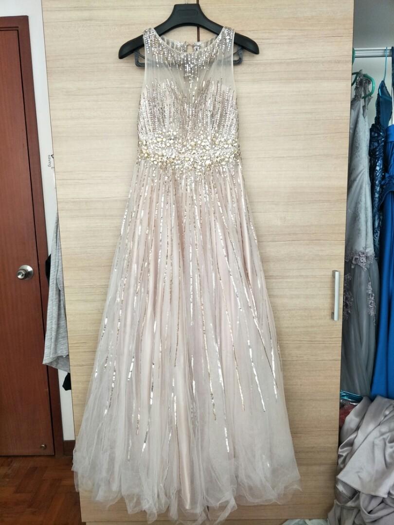 Silver Wedding Gown wedding dress night gown long, Women\'s Fashion ...