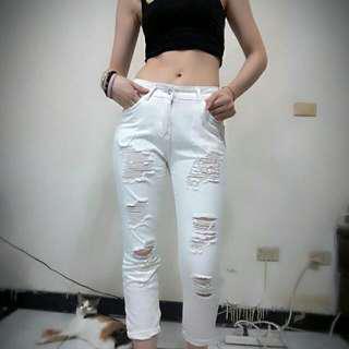 🚚 實拍白色破褲M送上衣