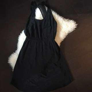PRICE DROP 🚨WILFRED aritzia SILK DRESS