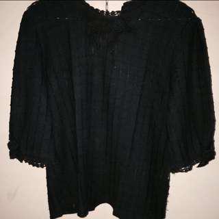 Black Lace Top / Atasan Renda Hitam