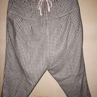 Gray Casual Culottes / Kulot Kasual Abu-Abu