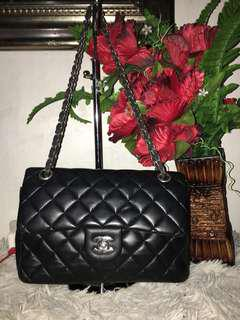 Chanel 2flap Bag, painted inside part