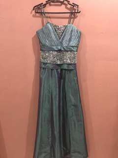 Gaun/dress pesta