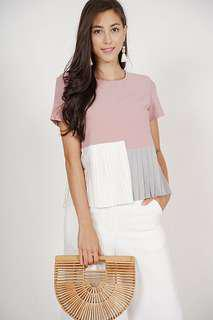 MDS Three-Tone Pleated Top In Mauve