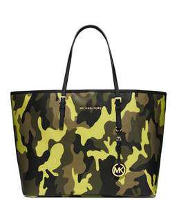 Michael kors camo tote bag