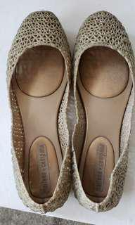 Melissa Gold Shoes size 6