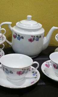 Vintage Tea set bunga sabun