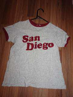 Cute basic grey tee print size 8