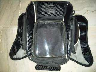 Used tank bag magnetic
