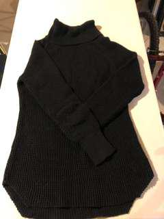 Seven sisters black sweater