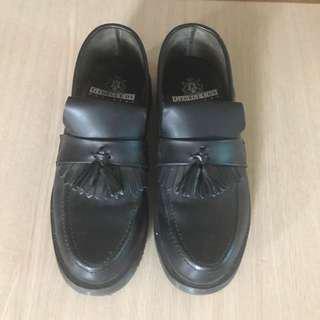 🚚 龐克鞋
