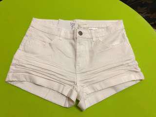 H&M米白色短褲