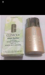Clinique Even Better make up broad spectrum SPF15 evens and corrects foundation