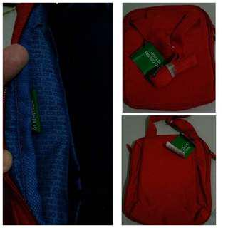 💯Authentic benetton sling bag