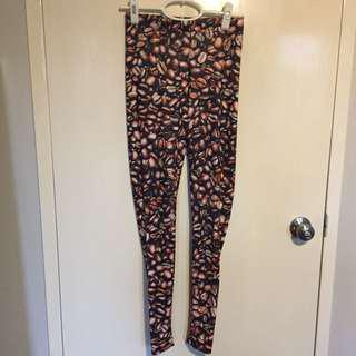 Black Milk leggings size M