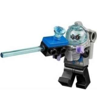 LEGO DC Super Heroes Batman 10737 Mr Freeze