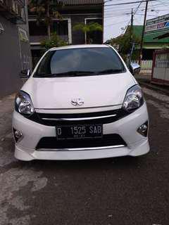 Toyota agya g manual 2016 putih dp 11 jt