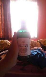 The Body Shop Tea Tree Toner