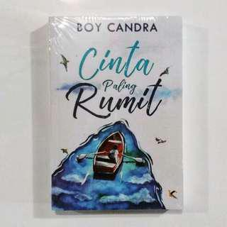 Novel Cinta Paling Rumit karya Boy Candra