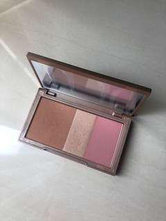 Urban Decay Naked Flushed shade Strip